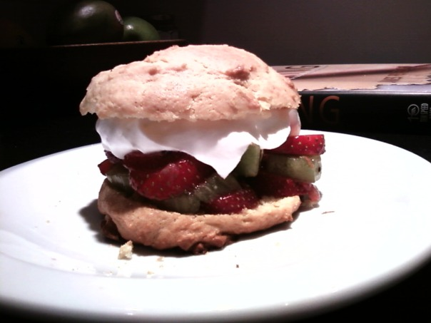 strawberry kiwi shortcake 1