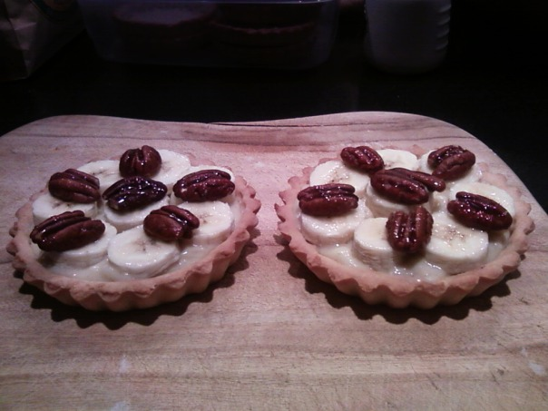 banana cream tart with pecans 2