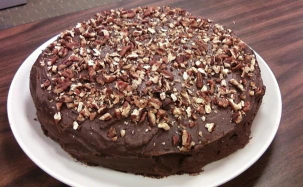 sponge cake pecan ganache 1
