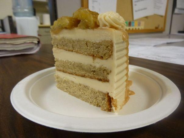 caramel banana cake slice 1