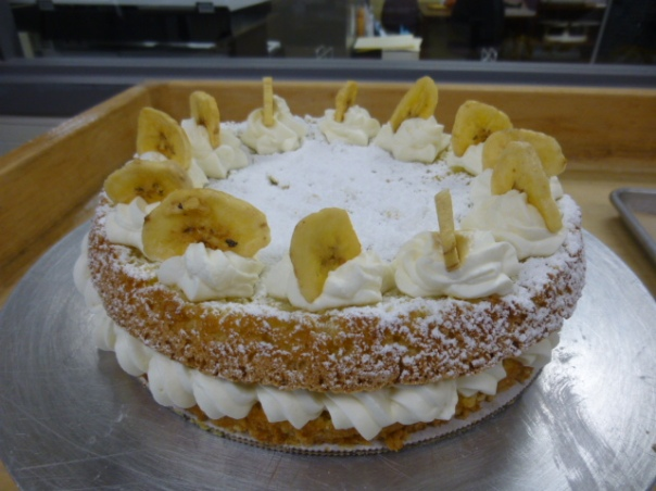 banana cream hazelnut torte 2